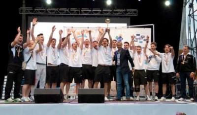 Premiazione Calcio a 5 sul palco del Solana Village a Cassino